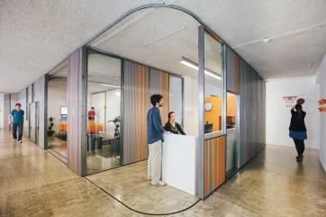 Sliding+office+walls